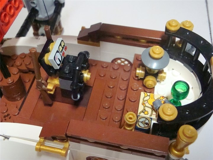 LEGO MOC - Steampunk Machine - «Алые паруса» в стиле Steampunk.: Место капитана.