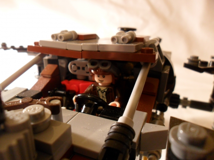 LEGO MOC - Steampunk Machine - DeLorean STEAM Machine: Вот Марти сел за руль)