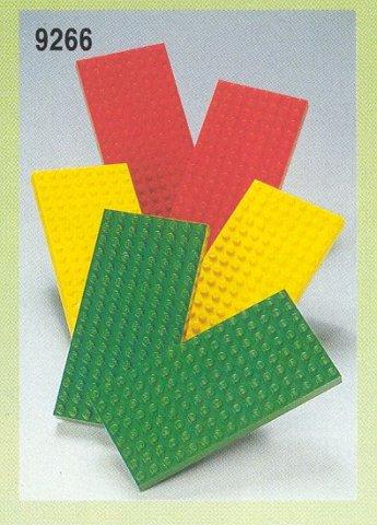 El juego de las imagenes-http://bricker.ru/images/sets/LEGO/9266_main.jpg
